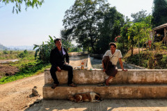 Polední siesta poblíž Hsipaw